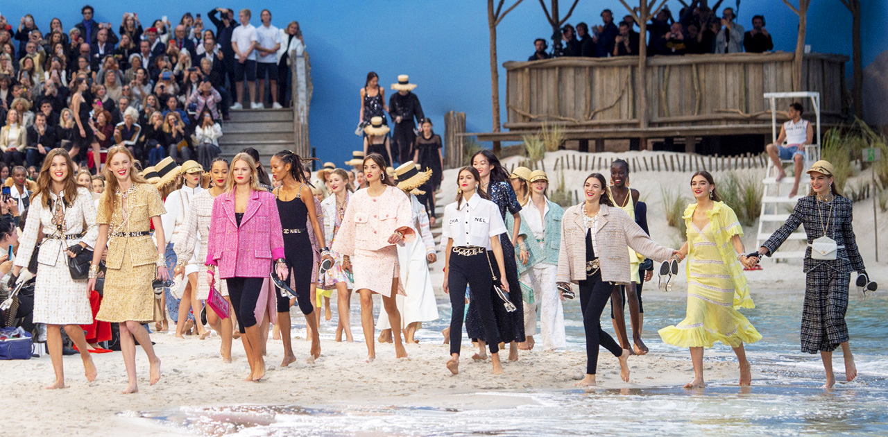 Karl Sells Chanel On The Seashore And Chanel Karl Sells Is SS19 I'm Sure